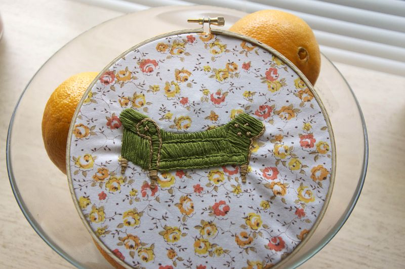 Embroidery_furniture