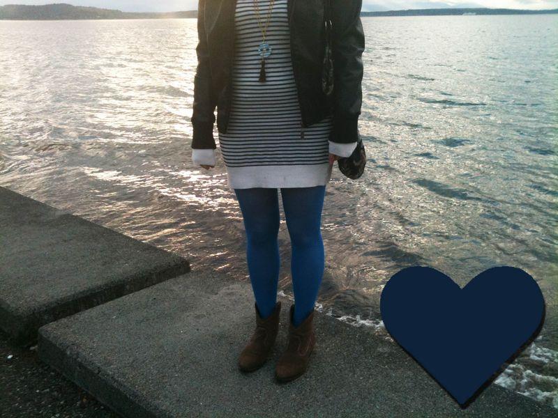 Blue_tights_bye