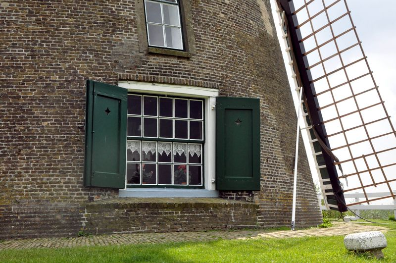 Windmill_window