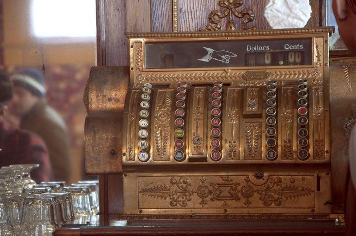 Vintage_cash_register